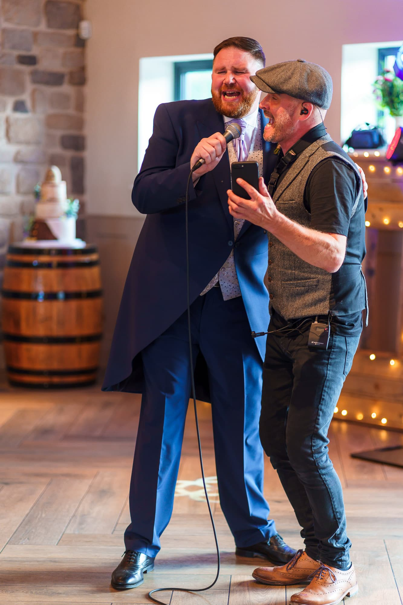 Groom and musician at Stretton Manor Barn